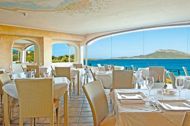 club-valtur-colonna-beach-ristorante
